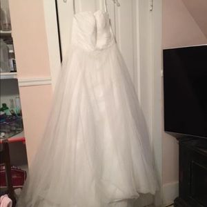 David's Bridal Size 14 ivory Sweetheat tulle gown